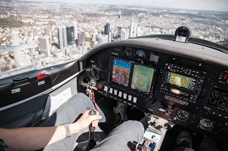 Aquila A211GX Cockpit