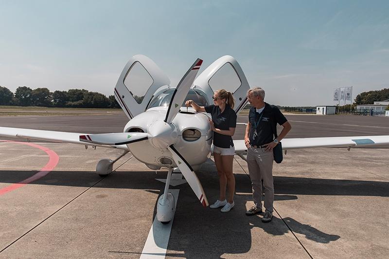 Cirrus SR20 G2 Fluglehrer
