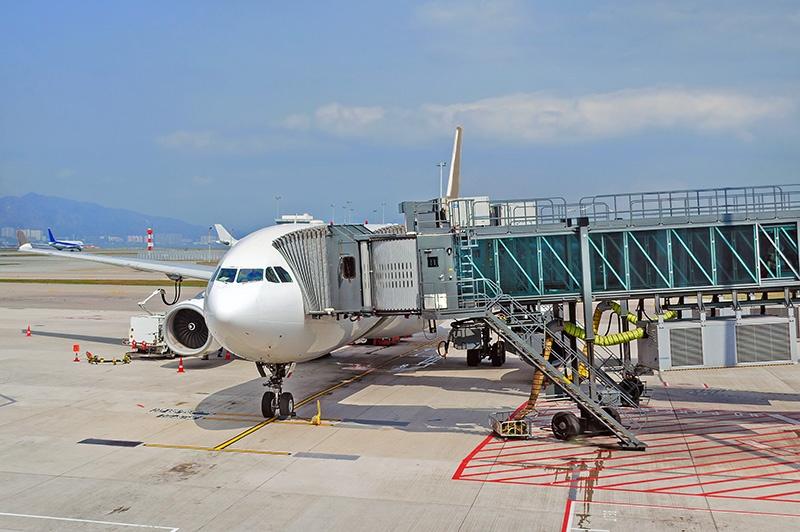 Flughafen Vorfeld Flugdienstberater Dispatcher